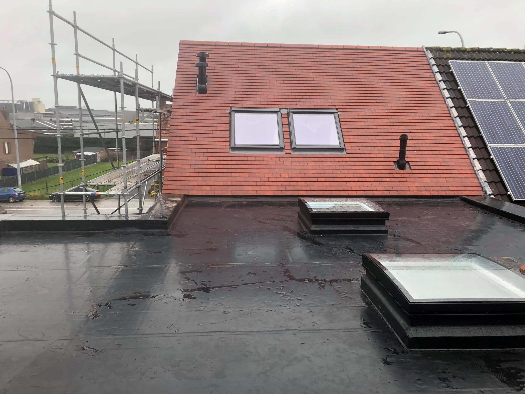 Hellend en plat dak Torhout