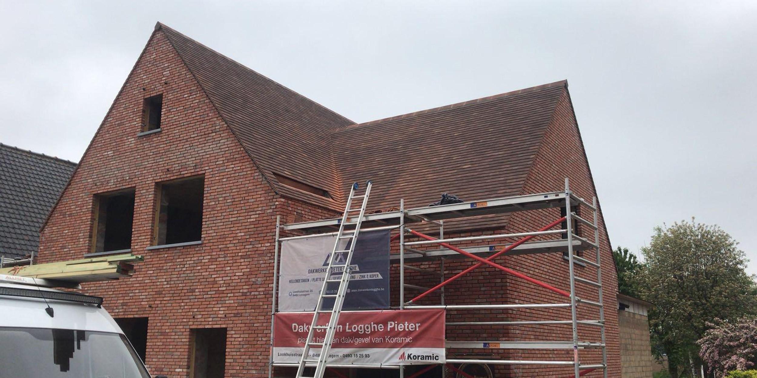 Nieuwbouw dak plaatsen