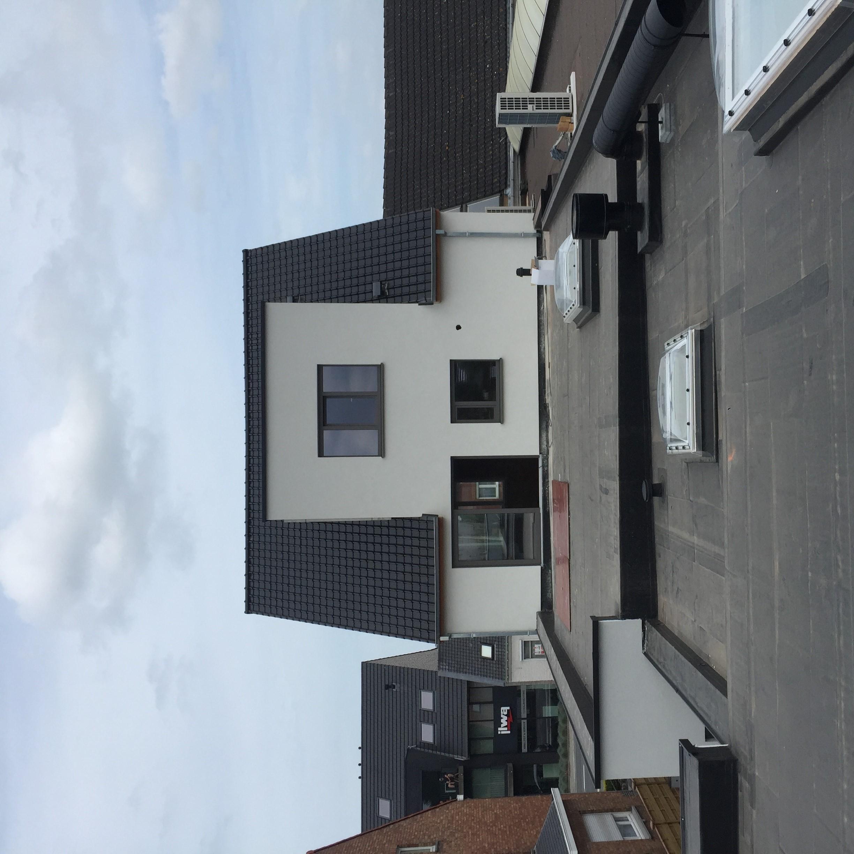 Hellend dak en plat dak EPDM