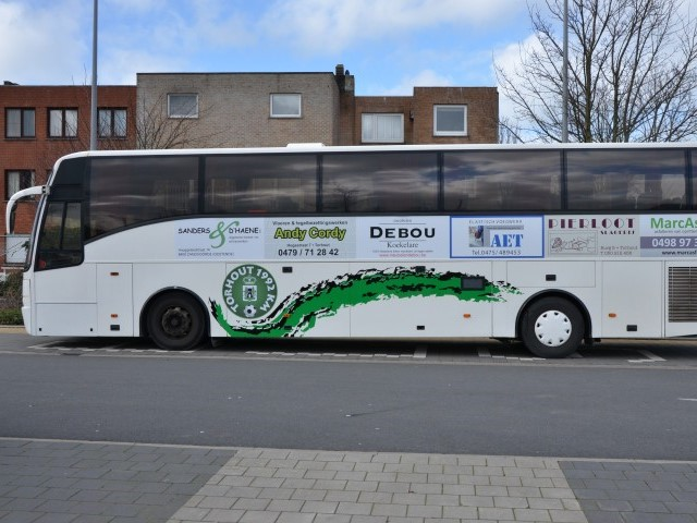 Supportersbus naar Stekene