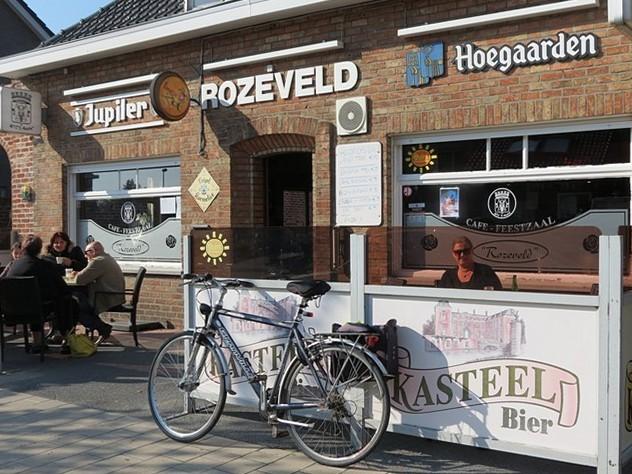 Donderdag trekt de A-kern naar Cafe Rozeveld