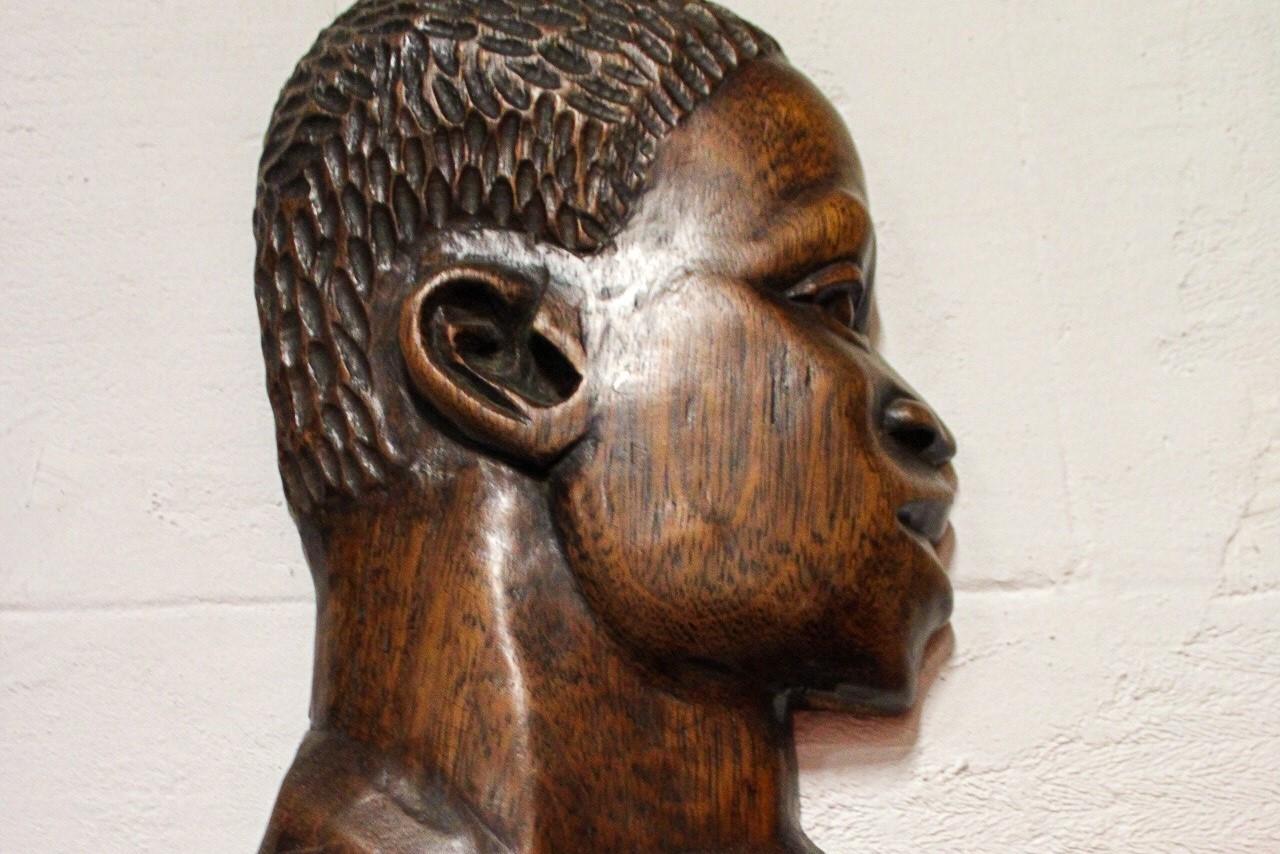African waal sculpture