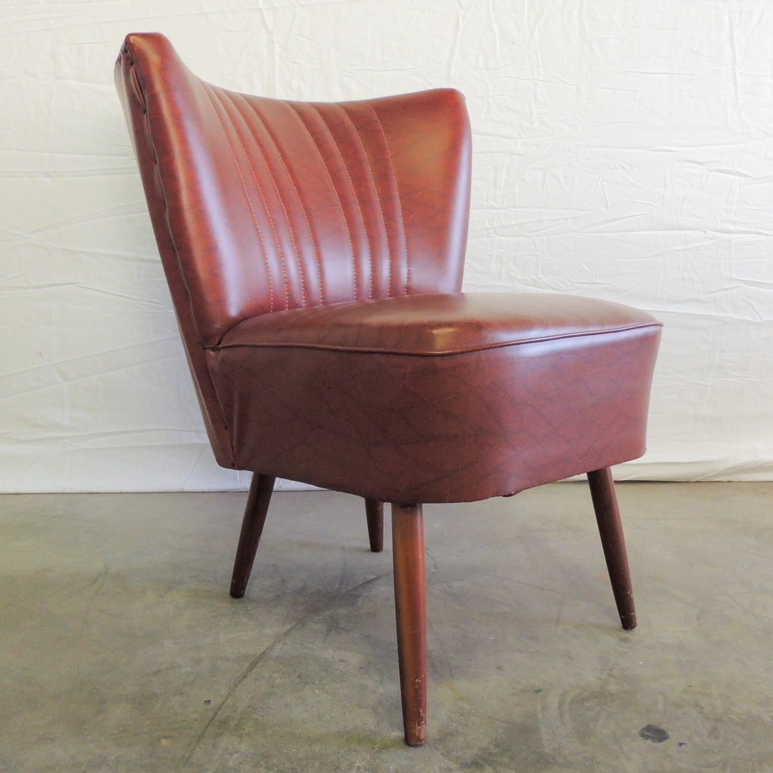 cocktail chair red 50s