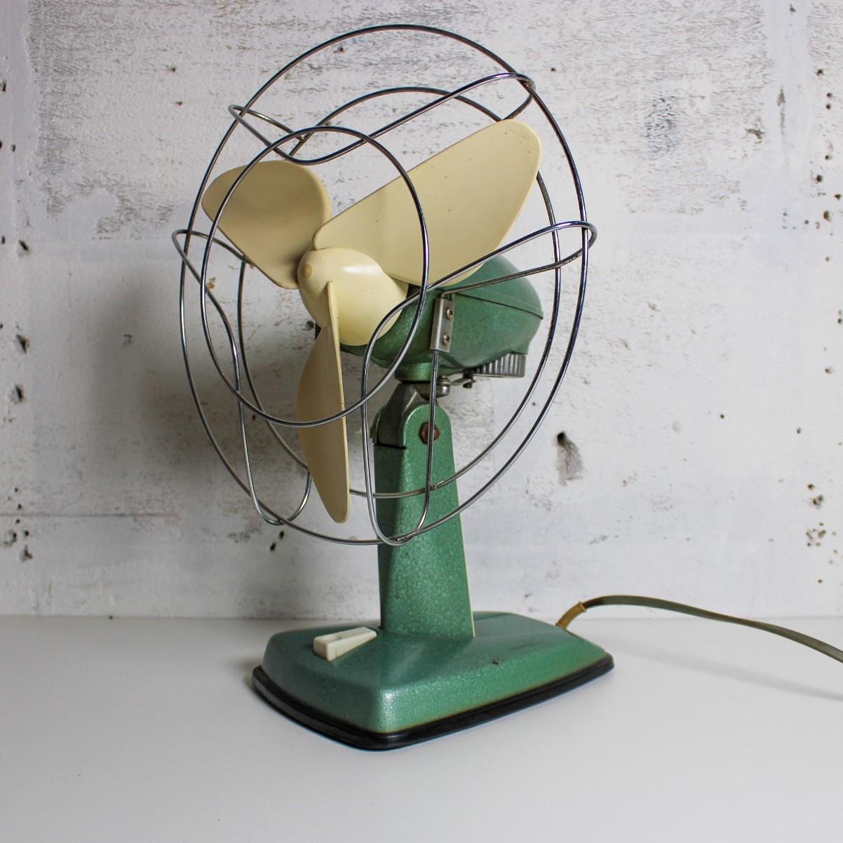 indola desk fan