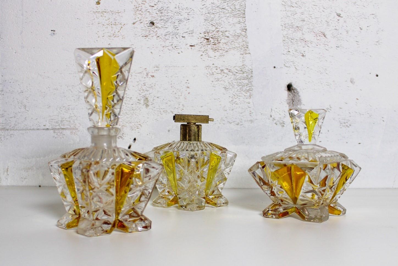 perfume set of 3