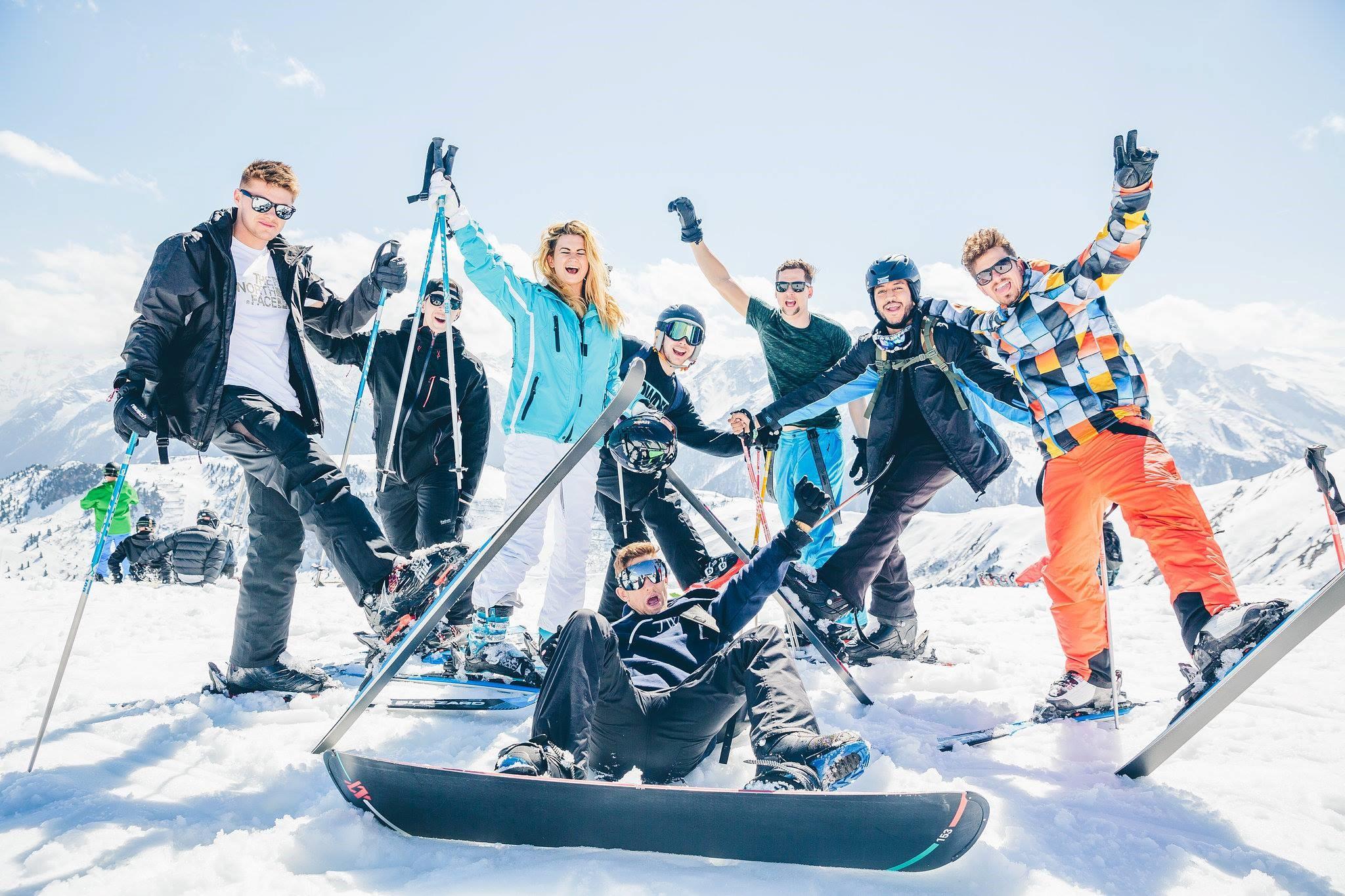 SKIEN EN SNOWBOARDEN#Scheuren met de wind in de haren op de pistes
