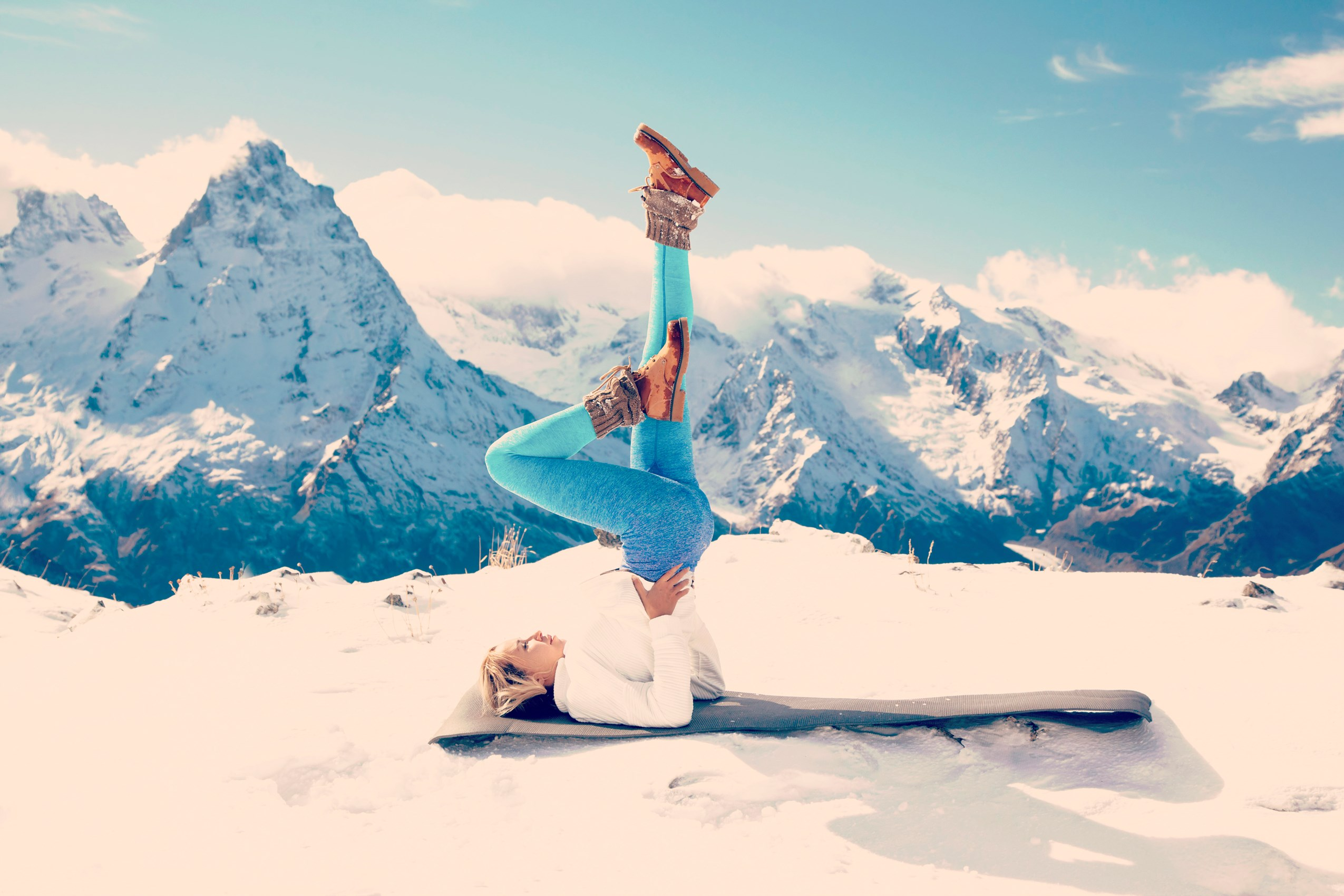 MOUNTAIN YOGA SESSIONS #give the world good energy