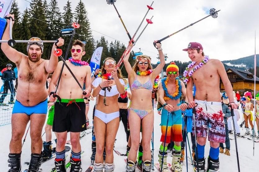 DREAM 3: CANDY SHOP SUGAR RUSH #Bikini and swimming short downhill