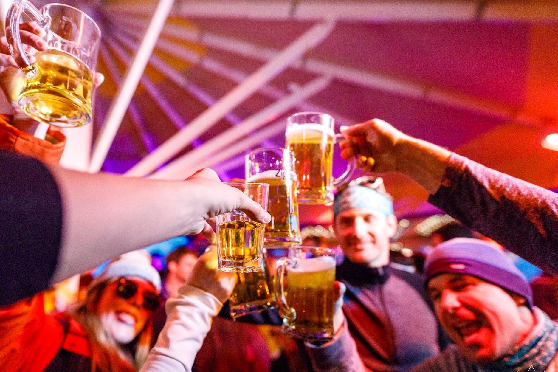 ALL-IN DRANKFORMULE #bier en frisdranken à volonté in de SnowBite Mansion