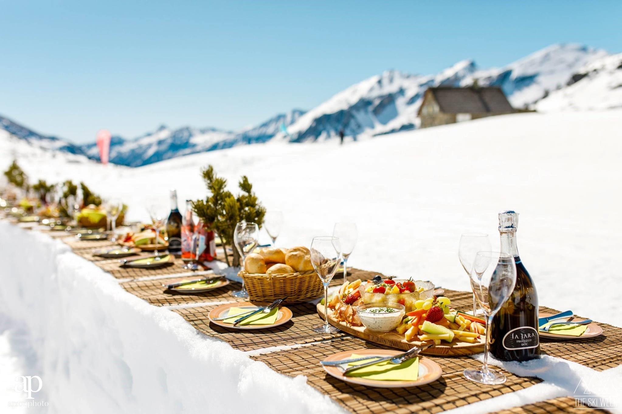 UNIEKE ERVARINGEN#tafelen in de sneeuw